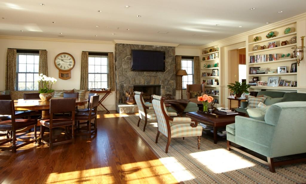 Sarosca Farm Lane, Family Room