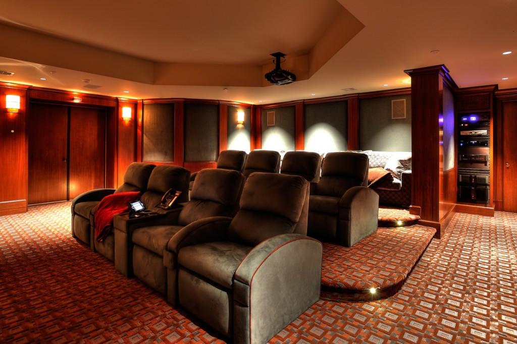 Sarosca Farm Lane, Home Theater
